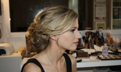 Braut-Make-Up-Hairstyling-05