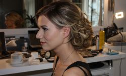 Braut-Make-Up-Hairstyling-11